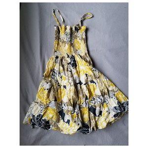 Dresses & Skirts - XS floral dress